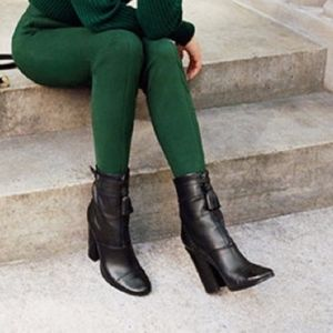 🎉HOST PICK🎉 NEW Tory Burch Huxley Ankle Boot